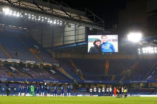 Chelsea 0-0 Tottenham: Những toan tính bóp nghẹt trận đấu - 13