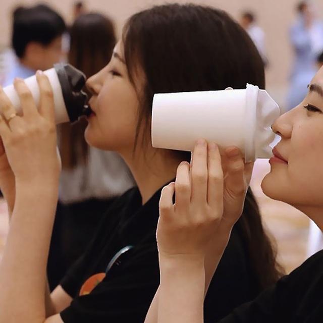 Bắt đầu buổi sáng bằng nụ hôn mang vị... cà phê - 4