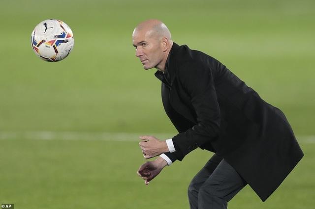 Real Madrid thua đau đớn Alaves ngay tại Bernabeu - 7