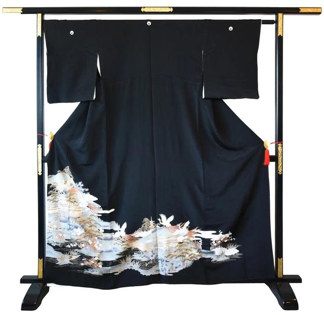 Chiêm ngưỡng họa tiết 4 mùa tuyệt sắc của kimono Nhật Bản - 1