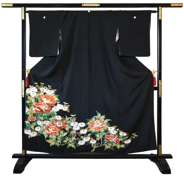 Chiêm ngưỡng họa tiết 4 mùa tuyệt sắc của kimono Nhật Bản - 4
