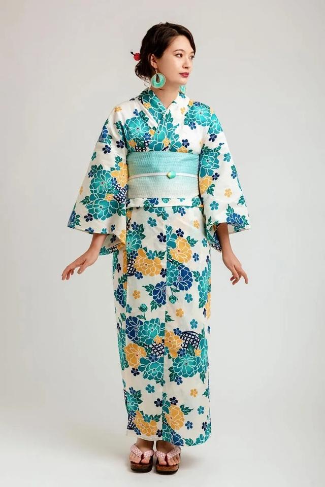 Chiêm ngưỡng họa tiết 4 mùa tuyệt sắc của kimono Nhật Bản - 5