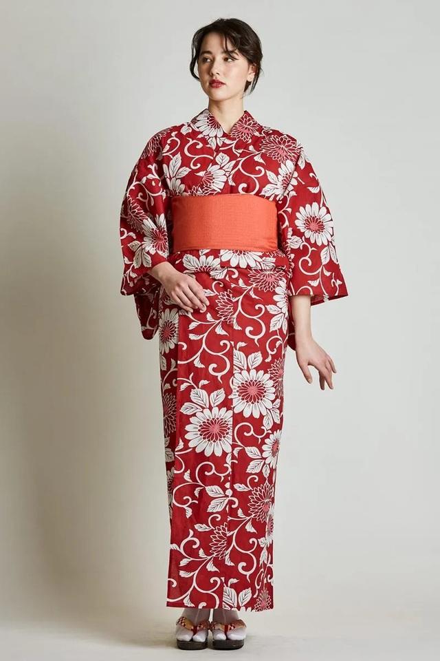 Chiêm ngưỡng họa tiết 4 mùa tuyệt sắc của kimono Nhật Bản - 9