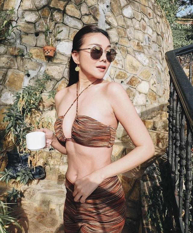 Dịp hiếm hoi Ngô Thanh Vân, Thanh Hằng khoe dáng với áo tắm - 4