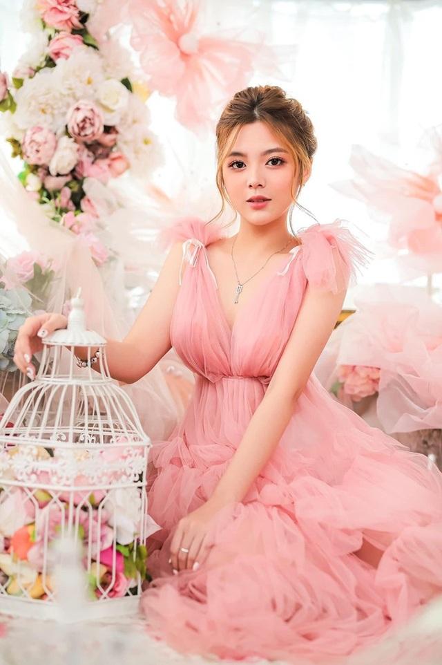 Bộ ảnh đẹp như công chúa của nữ sinh Đại học Công nghiệp TP.HCM - 3