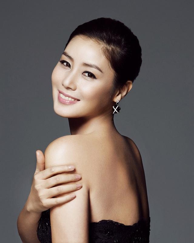 Cuộc sống giàu sang đáng ngưỡng mộ của mẹ Kim Tan Kim Sung Ryung - 2