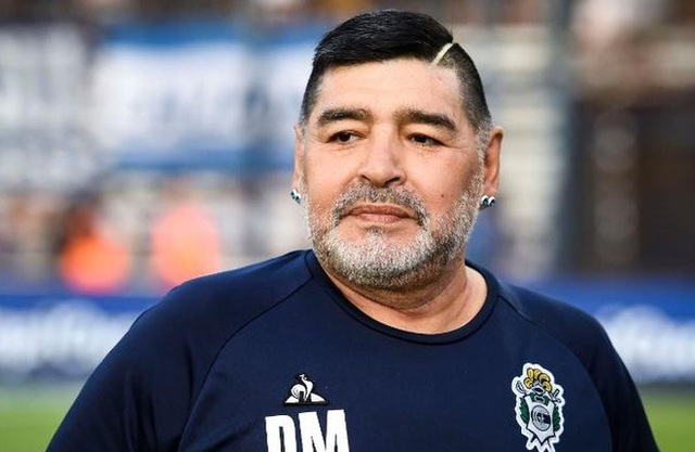 Nghi vấn về cái chết của Maradona, ba con gái bị triệu tập - 2