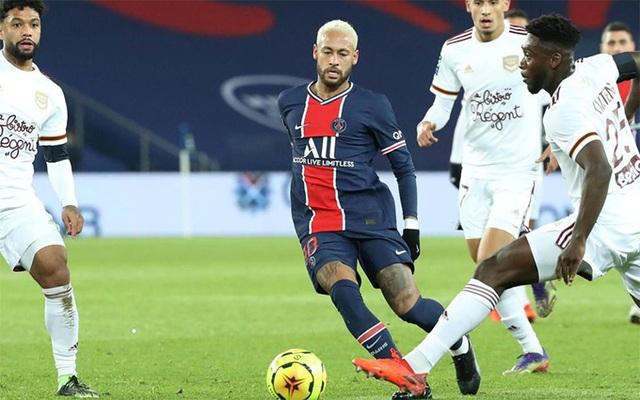 Neymar tỏa sáng, PSG vẫn bị cầm hòa đáng tiếc trên sân nhà - 1