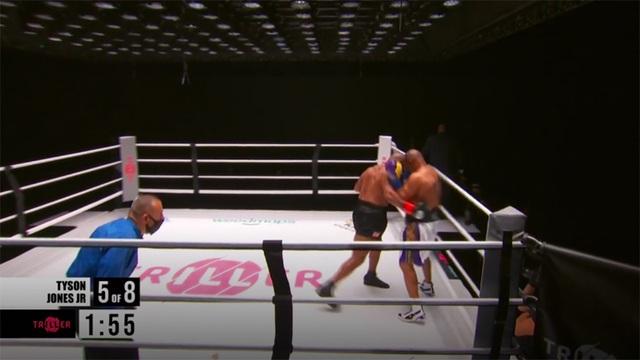 Mike Tyson hòa Roy Jones Jr trong ngày tái xuất võ đài - 2