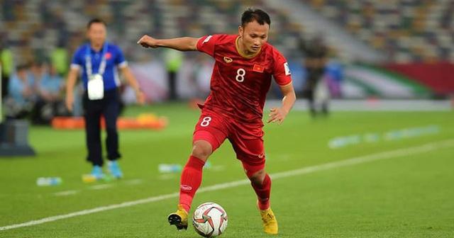 Vì sao HLV Park Hang Seo gọi đến 9 hậu vệ cánh lên đội tuyển? - 1