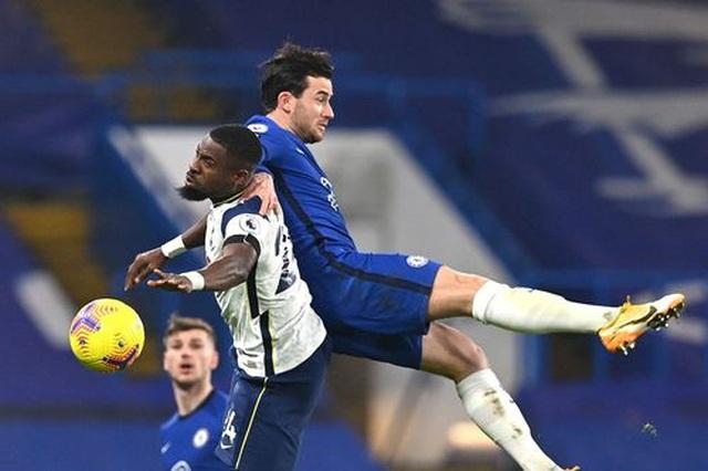 Chelsea 0-0 Tottenham: Những toan tính bóp nghẹt trận đấu - 8