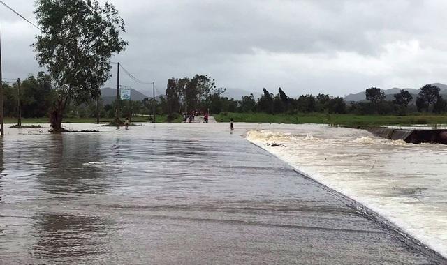 Quảng Nam và Phú Yên mưa lớn, nhiều hồ chứa xả điều tiết - 6