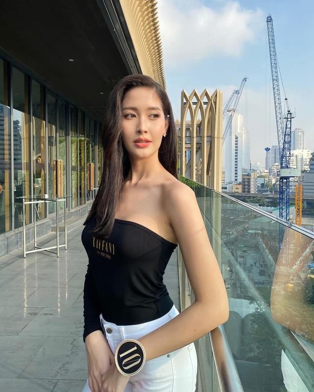 Ngoại hình xinh đẹp và gợi cảm của tân hoa hậu chuyển giới Thái Lan - 8