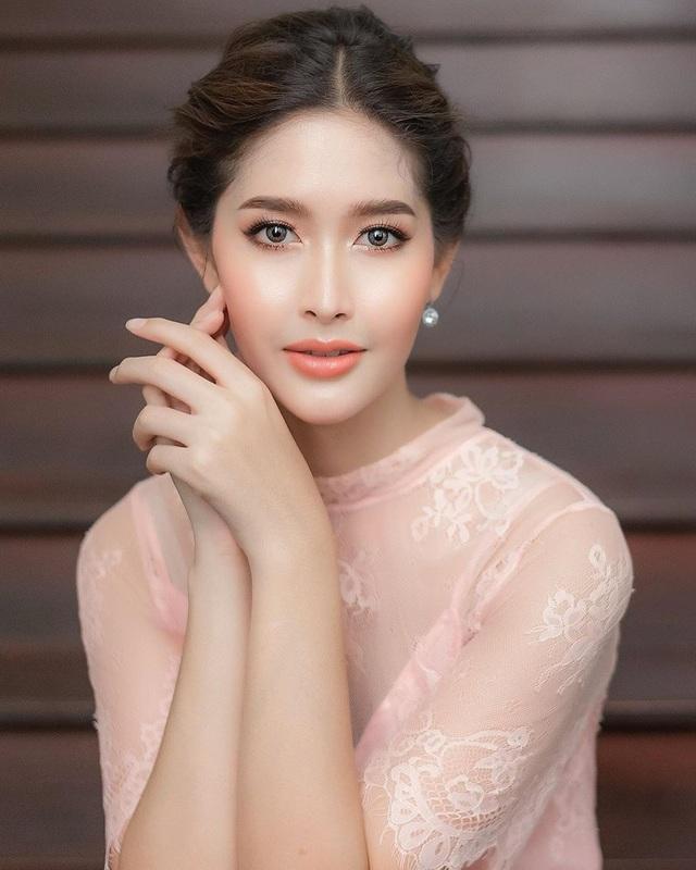 Ngoại hình xinh đẹp và gợi cảm của tân hoa hậu chuyển giới Thái Lan - 18