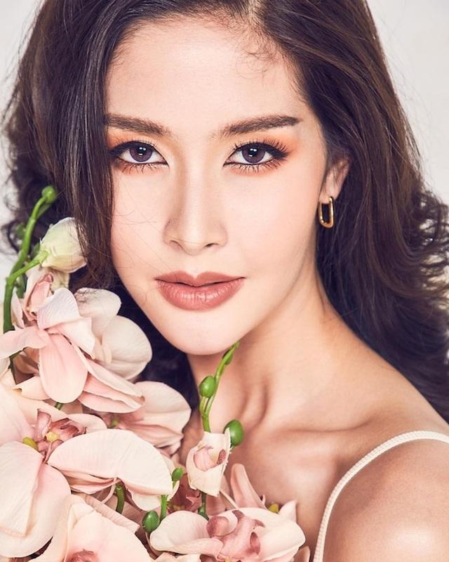 Ngoại hình xinh đẹp và gợi cảm của tân hoa hậu chuyển giới Thái Lan - 21