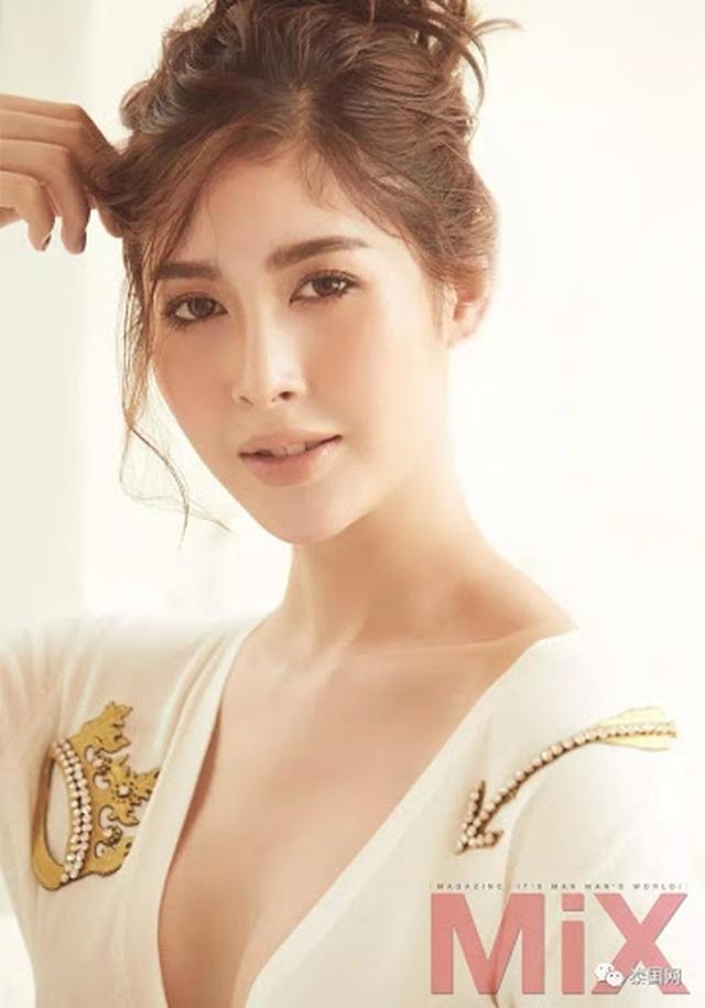 Ngoại hình xinh đẹp và gợi cảm của tân hoa hậu chuyển giới Thái Lan - 24