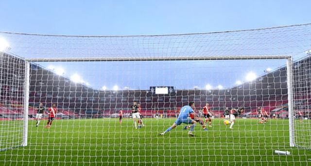 Những khoảnh khắc ngược dòng ngoạn mục của Man Utd trước Southampton - 17