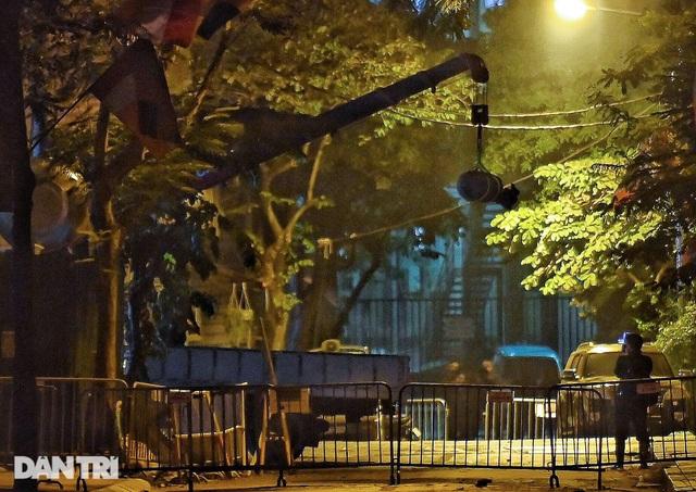 Quả bom trên phố Cửa Bắc được hủy nổ an toàn tại Bắc Giang - 1