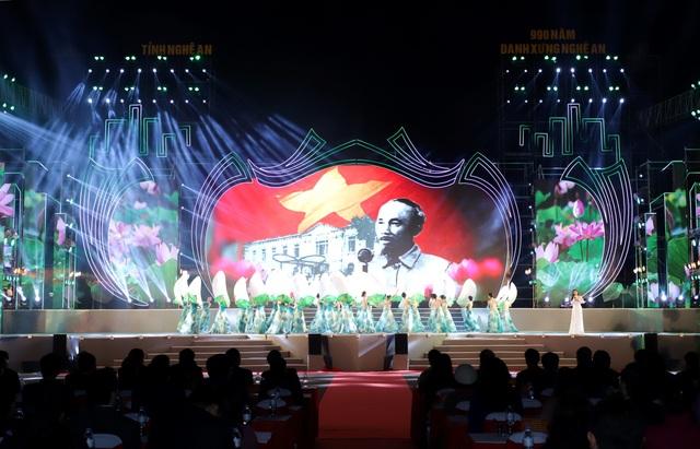 Chủ tịch Quốc hội dự Lễ kỷ niệm 990 năm Danh xưng Nghệ An - 3