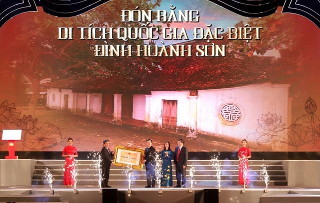 Chủ tịch Quốc hội dự Lễ kỷ niệm 990 năm Danh xưng Nghệ An - 5