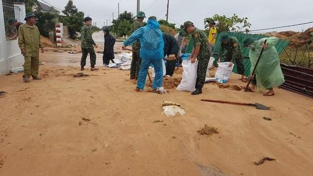 Ninh Thuận mưa lớn ngập lụt nhiều nơi - 6