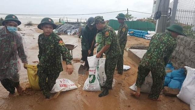 Ninh Thuận mưa lớn ngập lụt nhiều nơi - 7