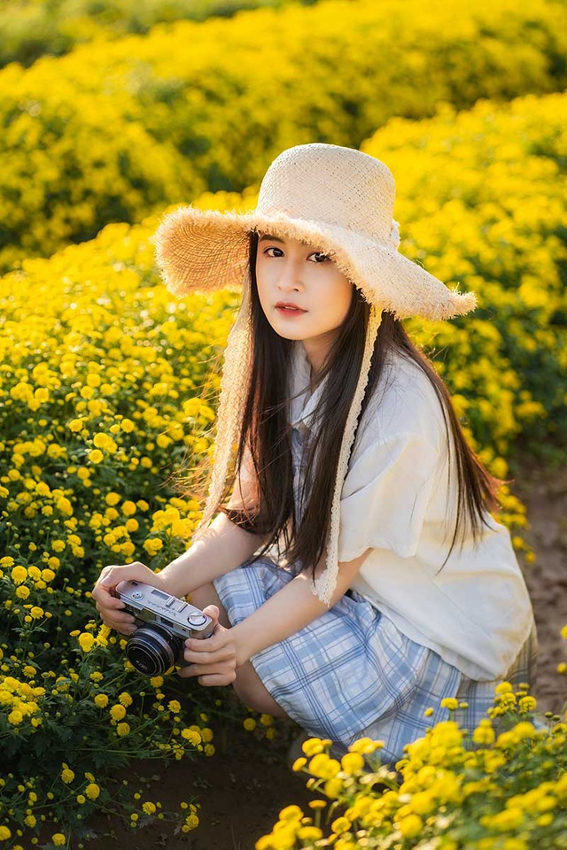 Nữ sinh 15 tuổi vui vì được khen xinh như ca sĩ Chi Pu - 5