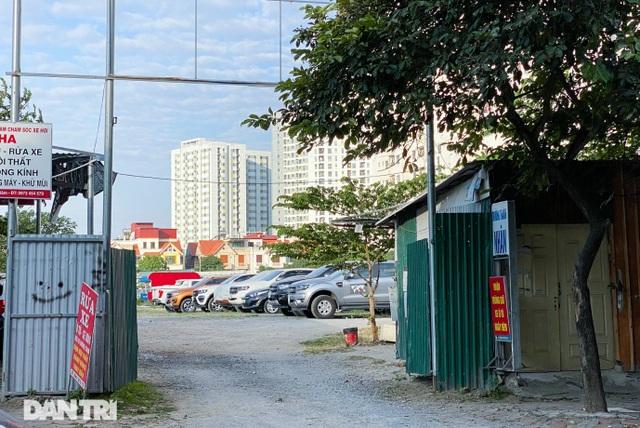 Bỏ tiền tỷ mua nhà, người Hà Nội phải cắn răng đỗ xế hộp trên vỉa hè - 9