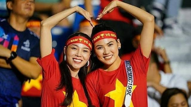 Báo Thái Lan khen Việt Nam tổ chức trọn vẹn các môn bóng đá SEA Games - 1