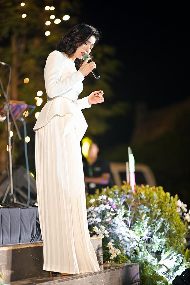 Jimmii Nguyễn, Lê Hiếu, Lệ Quyên hát nhạc tình giữa trời rét - 3