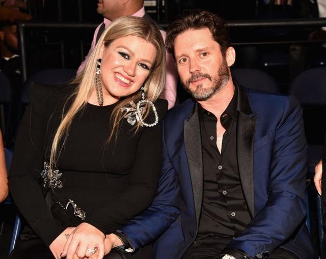 Chồng cũ của Kelly Clarkson đòi vợ chi gần 500 nghìn USD mỗi tháng - 6
