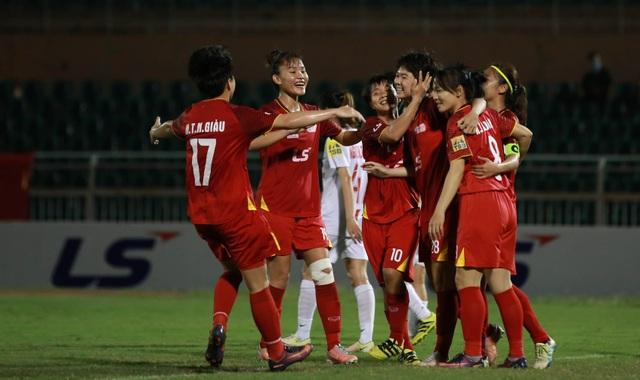 TPHCM tạm giữ ngôi đầu giải bóng đá nữ vô địch quốc gia 2020 - 1