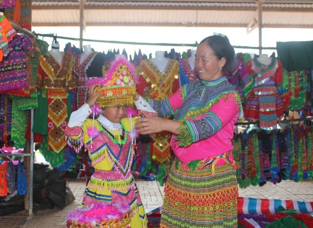 Enjoy great success at the unique Mongolian fair in Dak Nong - 7