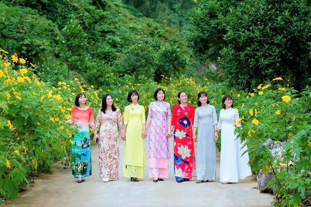 Loài hoa nổi tiếng Đà Lạt bung lụa ở Tràng An làm đắm say lòng du khách - 3
