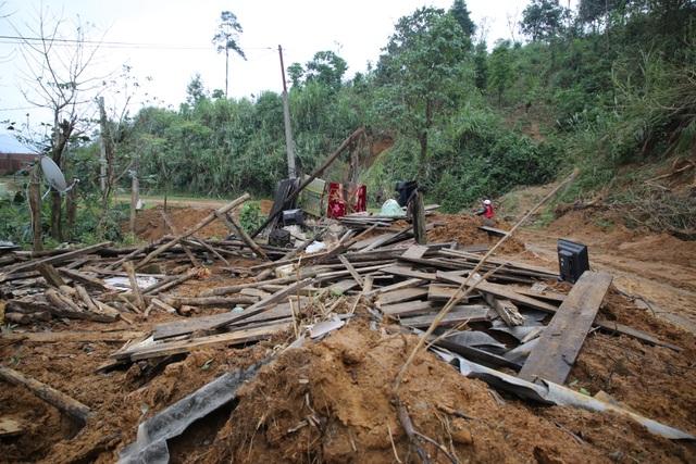 Quảng Trị: Người dân vùng sạt lở đất sống trong thấp thỏm - 3