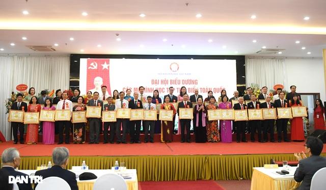 Vinh danh 294 đại biểu đại diện các mô hình học tập tiêu biểu toàn quốc - 6