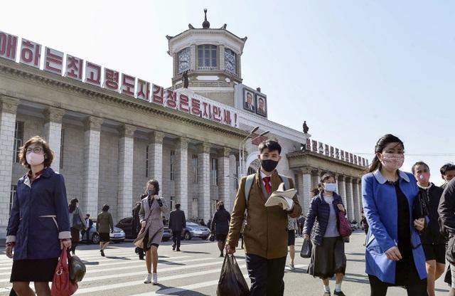Triều Tiên chặt đứt huyết mạch kinh tế với Trung Quốc nhằm chặn Covid-19 - 2