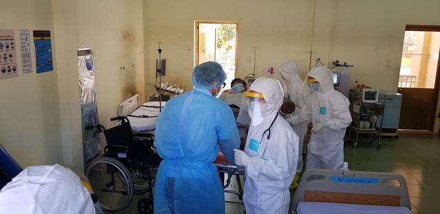 Giáo viên mắc Covid-19 tiếp xúc 500 người, mức độ lây nhiễm trầm trọng - 1