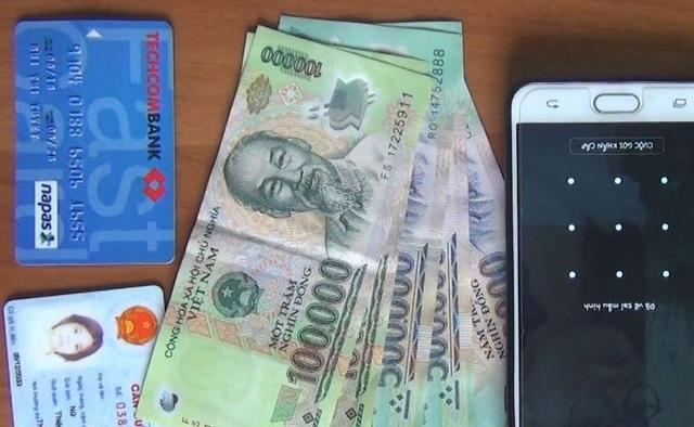 Cướp điện thoại xong nhắn tin lừa tiền của bạn nạn nhân - 2