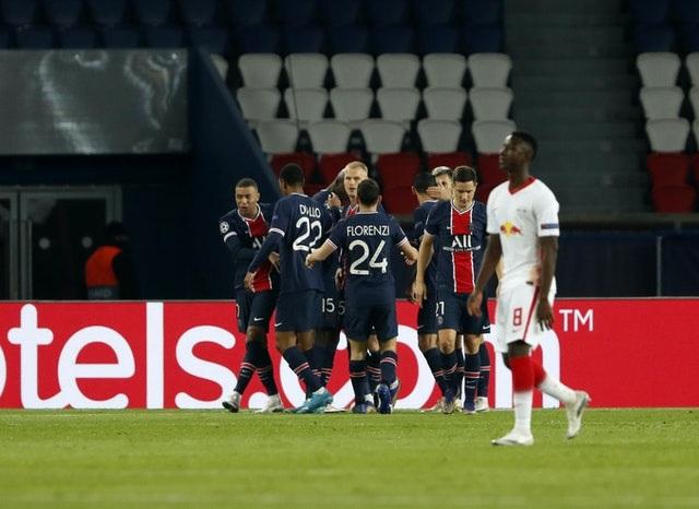 Man Utd - PSG: Hai sắc thái trái ngược ở Nhà hát - 3