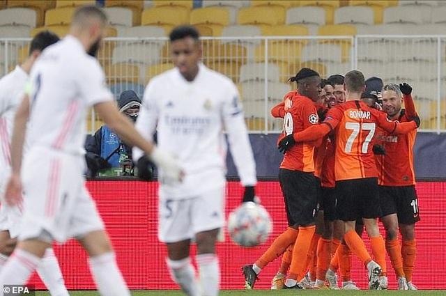 Real Madrid đứng trước nguy cơ bị loại, Inter Milan nuôi hy vọng đi tiếp - 5