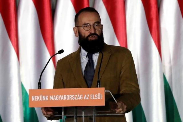 Nghị sĩ châu Âu từ chức nghi vì dự tiệc mây mưa bất chấp Covid-19 - 1