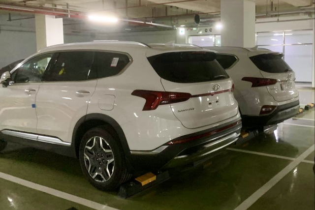 Hyundai SantaFe 2021 xuất hiện tại Việt Nam, hãng chưa có kế hoạch ra mắt - 2