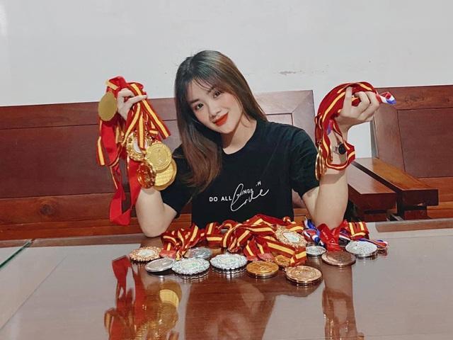 Á khôi 1 Bùi Minh Anh từng giành 30 huy chương vàng Karatedo - 9