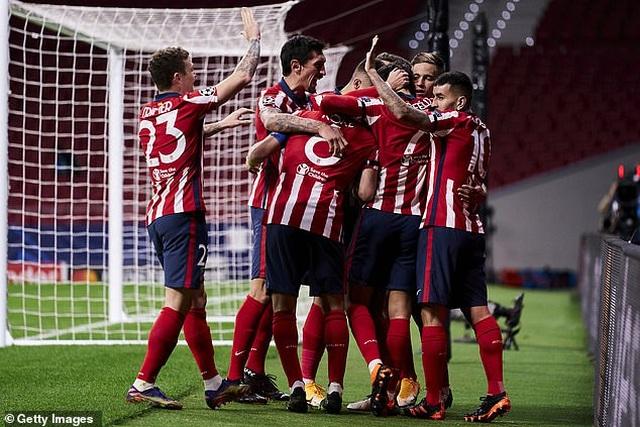 Atletico 1-1 Bayern Munich: Chủ nhà đánh rơi điểm đầy cay đắng - 2