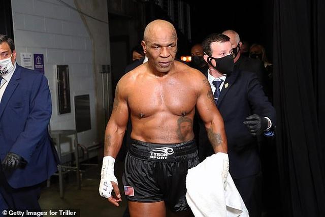 Myke Tyson xác nhận tiếp tục thượng đài, sẵn sàng tái đấu Holyfield - 1