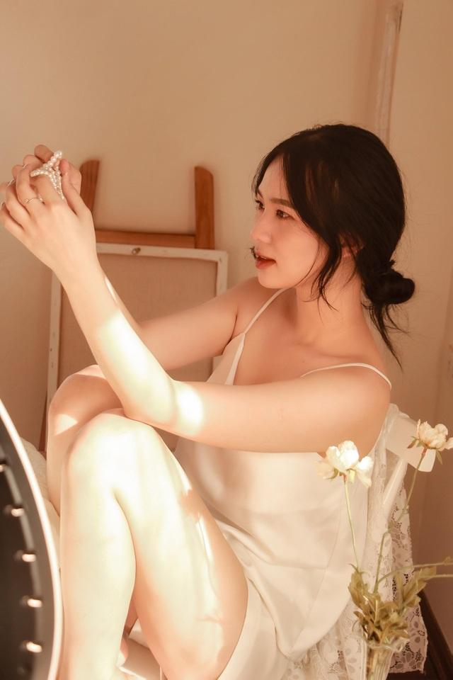 Nữ sinh trường Báo có gương mặt đẹp, muốn trở thành MC truyền hình - 3