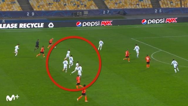 Real Madrid liên tục thua sốc: Thánh Zidane đã hết phép? - 2