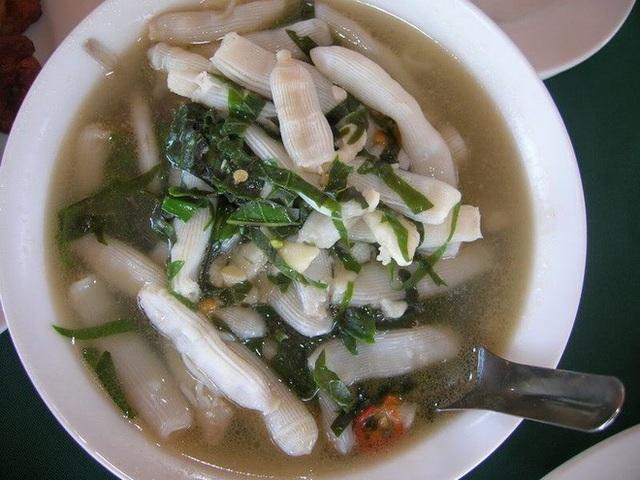 Loạt đặc sản nhìn thì sợ, ăn thì mê không phải ai cũng dám thử ở Việt Nam - 4