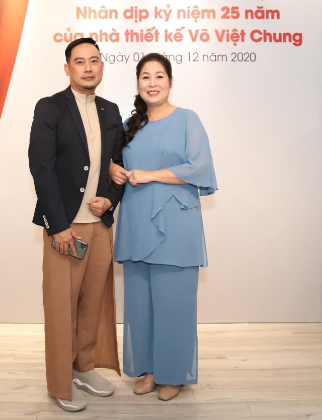 Dàn sao Việt đến chúc mừng Võ Việt Chung nhận Huân chương Lao động - 2